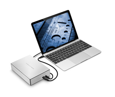 Porsche design desktop drive - with laptop